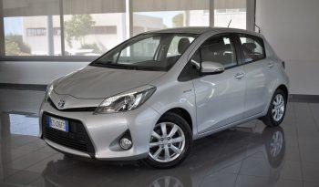 Toyota Yaris Hybrid 1.5 75cv Lounge pieno